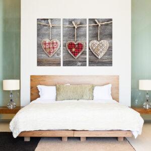 """Πίνακας σε καμβά Τρίπτυχος """"Ξύλινες καρδιές"""""""